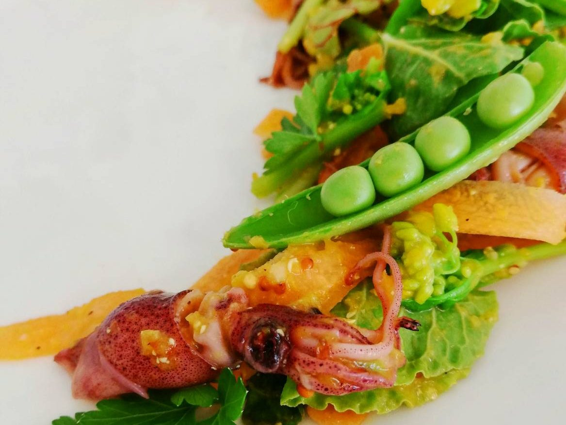 ホタルイカと春野菜のサラダ
