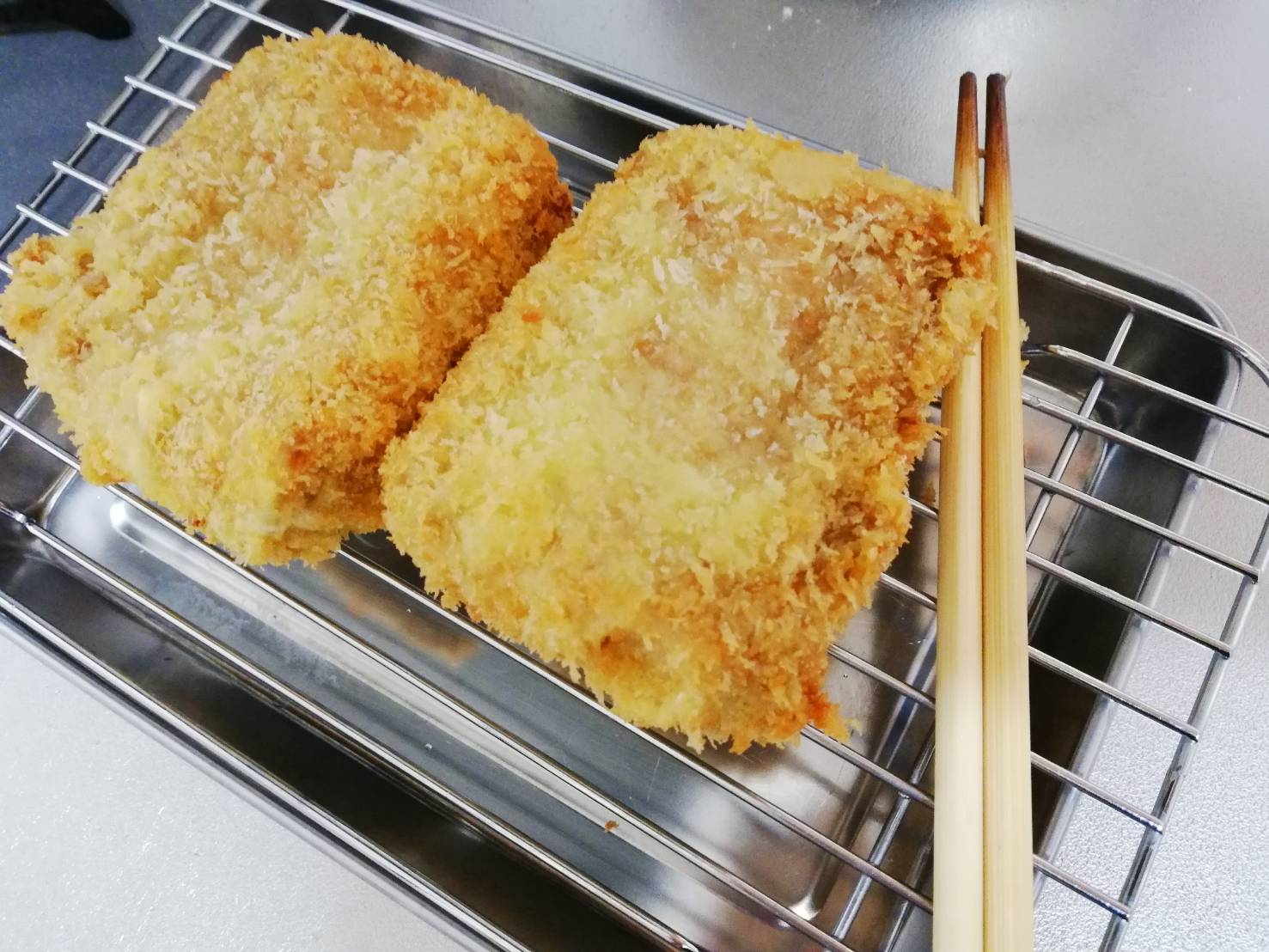 マグロカツ胡瓜生姜タルタル