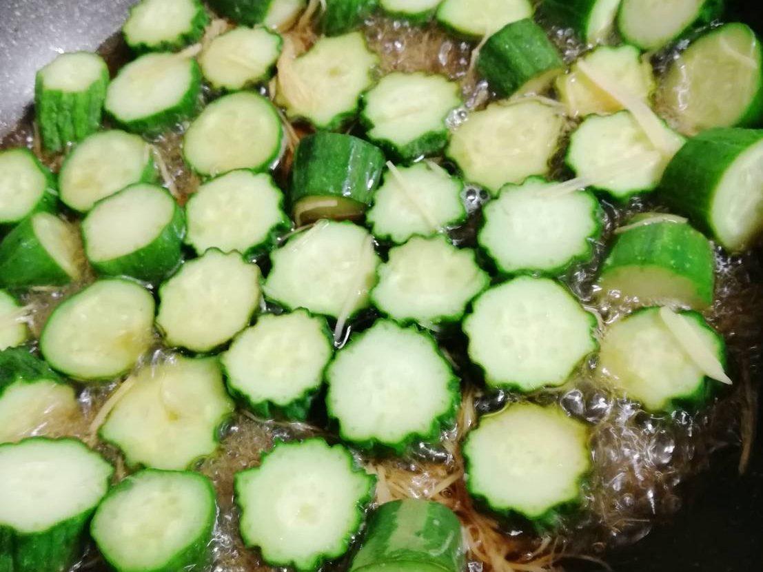 胡瓜の生姜漬け